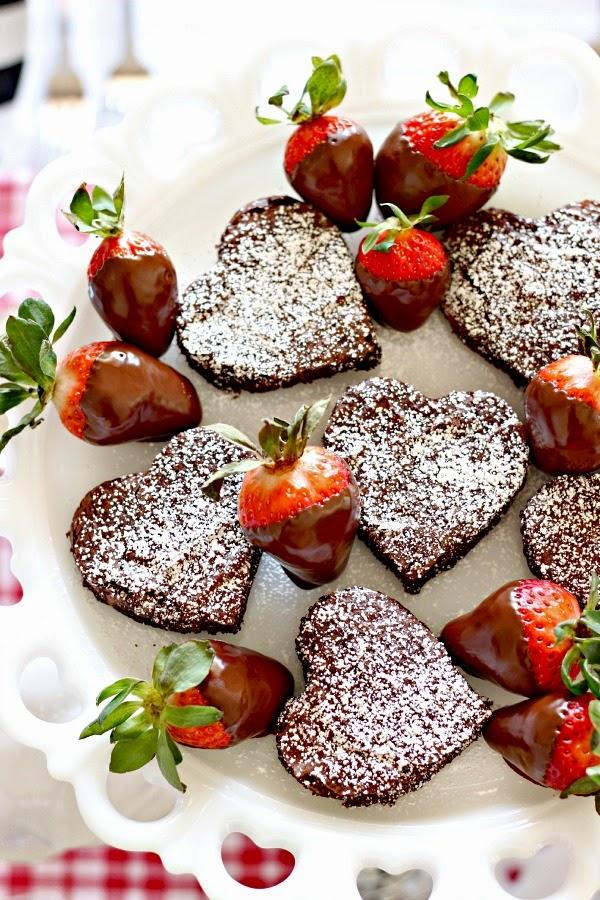 happy valentines day friends - Valentines Strawberries