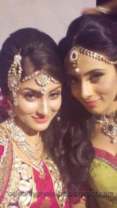 Beauty+Queen+Of+BD+Mehzabien+Chowdhury+With++Bidya+Sinha+Saha+Mim+Photos001