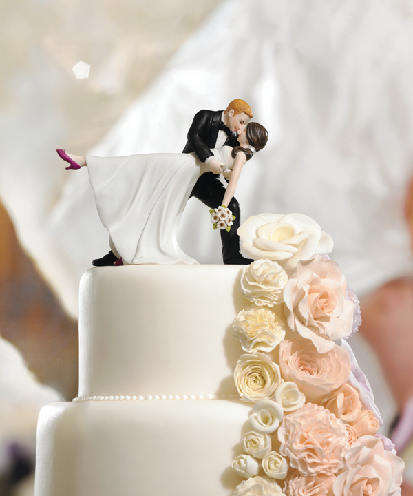 classic bride and groom cake toppers wedding 2012