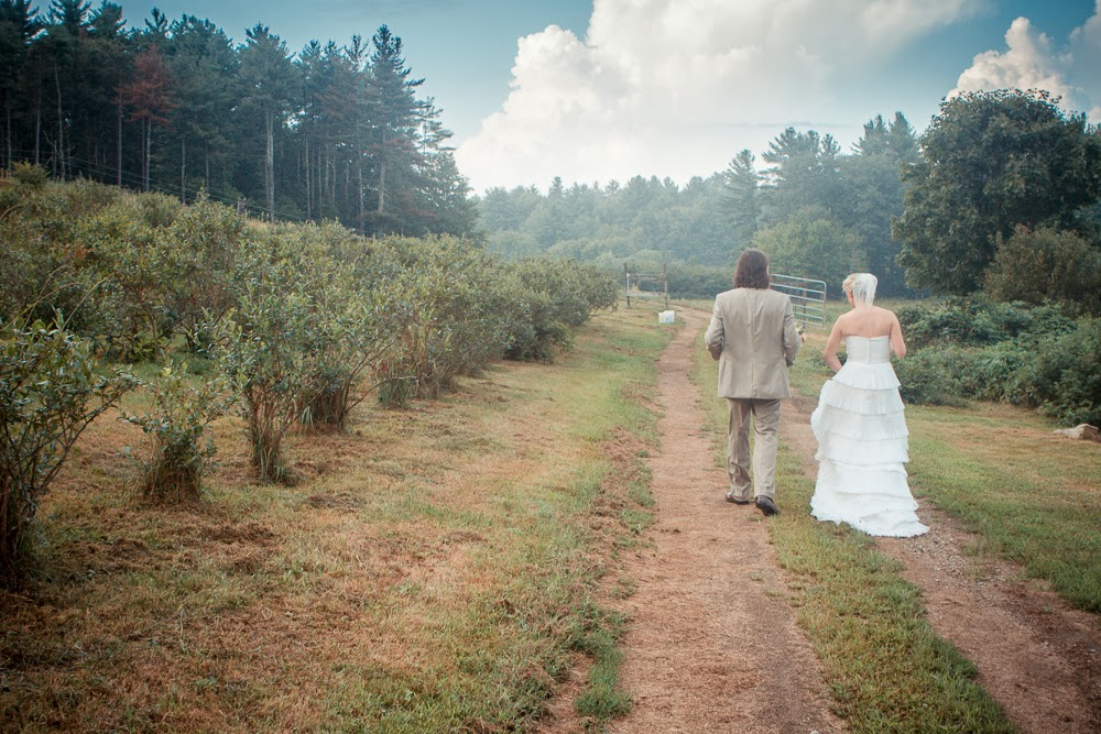 Boro Photography: Creative Visions, Erin and RJ - Sneak Peek, Married! New Hampshire Weddiing
