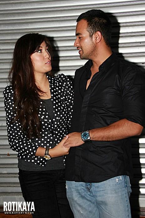 Bagaikan Suami Isteri : Foto Hot Shila Amzah Dan Kekasih Sharnaaz