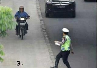 Foto Lucu Ditilang Polisi
