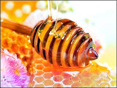 Manfaat madu untuk rambut