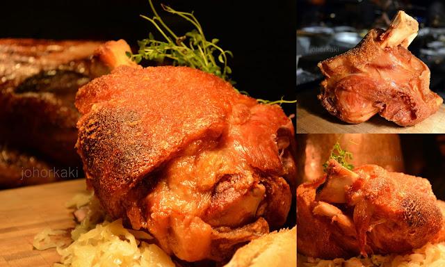 Bar-Roque-Grill-Amara-Hotel-Singapore