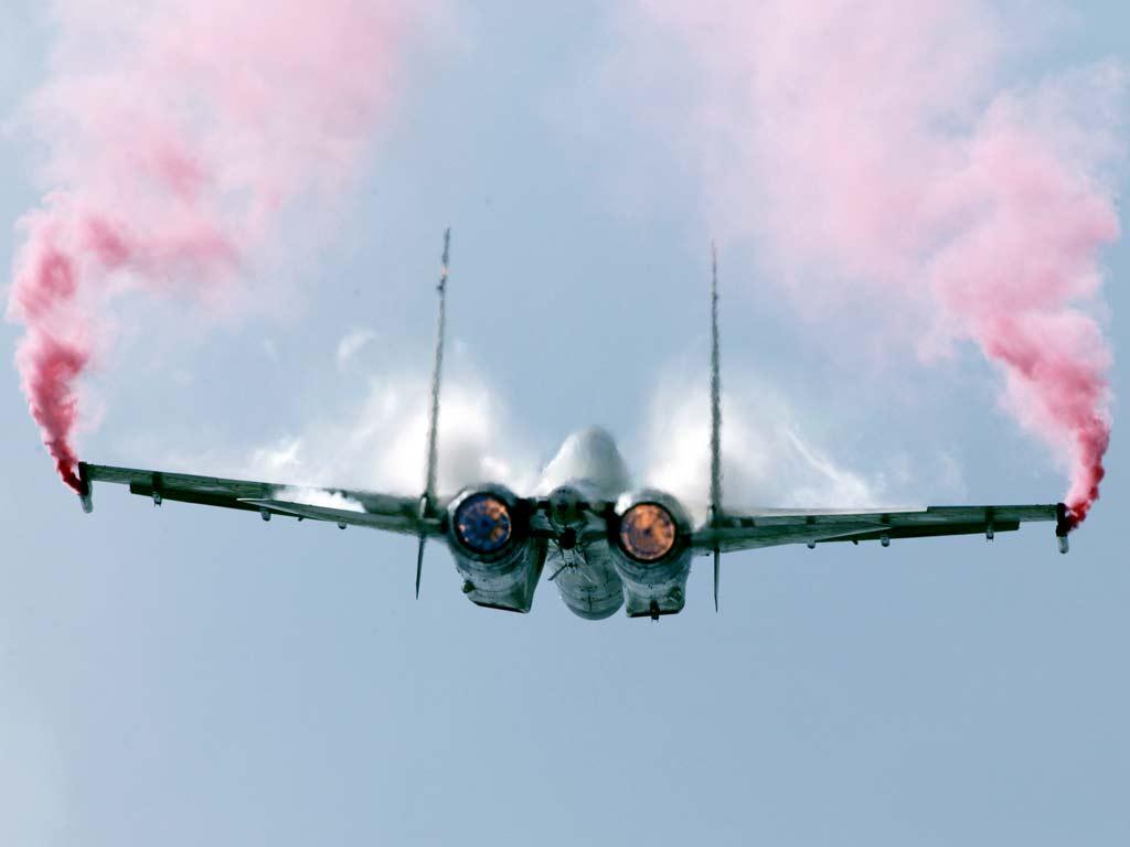 اندونيسيا مهتمة بالمقاتلة الروسية  الاحدث SU-35   Sukhoi+Su-35+013