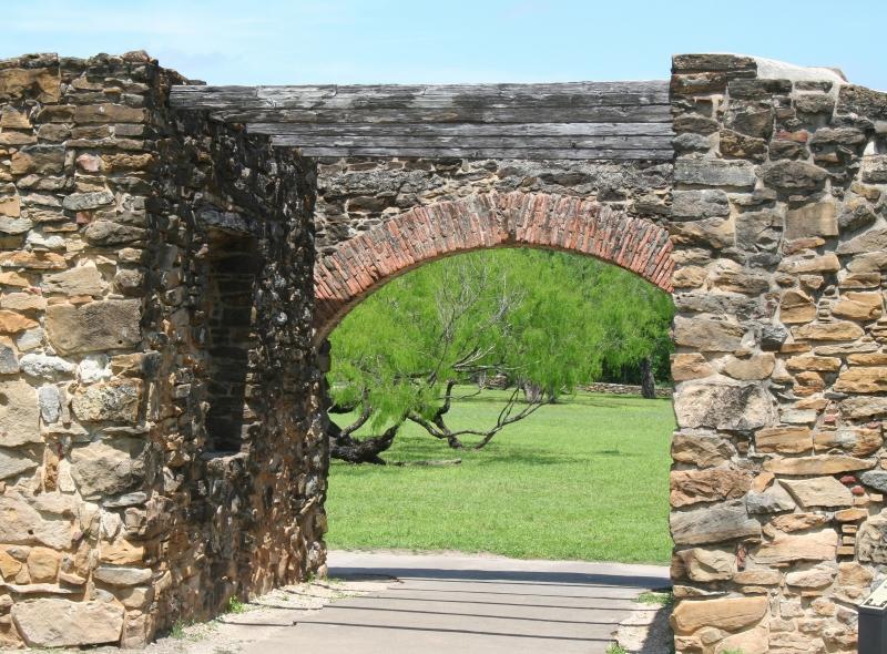 Valley Gate on essene gate, draw gate, the dung gate, thayer gate, vine gate, shrine gate, section gate, range gate, hollow gate, volcano gate, newport gate, lake gate, mine gate, yellowstone gate,