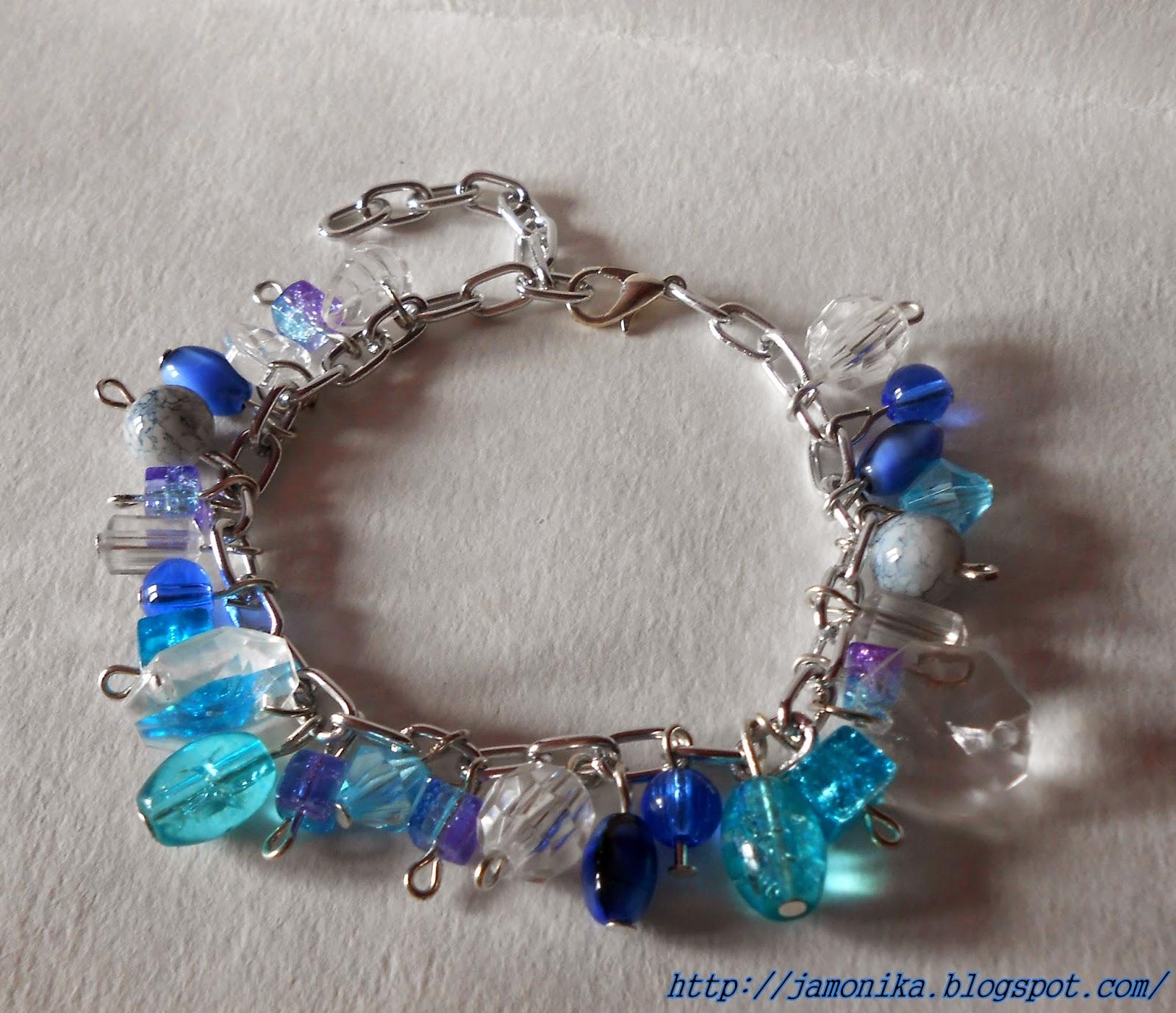 Niebieska bransoletka z koralików