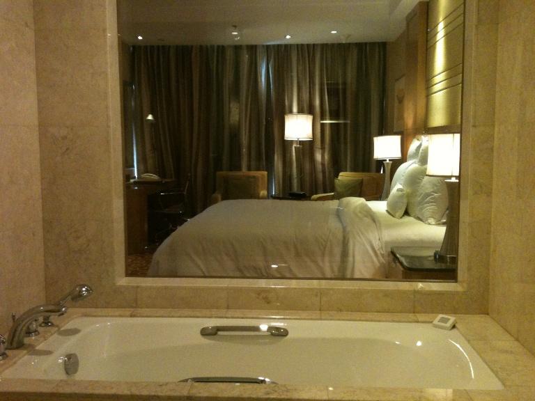 Catatan Si Goiq Menginap Di JW Marriott Hotel Medan
