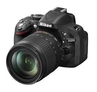 สุดยอดกล้อง Nikon DSLR รุ่น D5200 with Lens 18-105 (Black) แถมฟรี 4 GB Memory + Case (ประกันศูนย์)