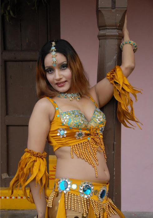 anu vaishnavi photo gallery