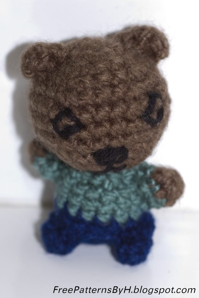 Free Patterns by H: Scrap Teddy Amigurumi