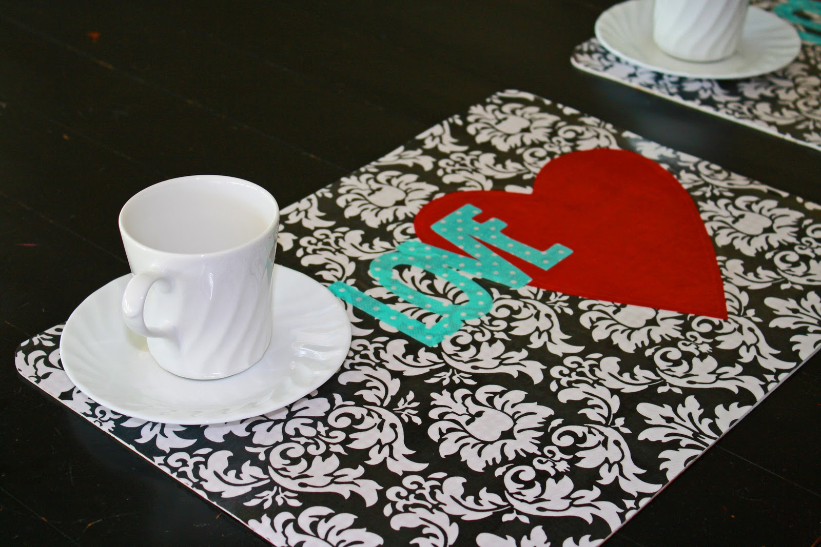 how to make vinyl placemats