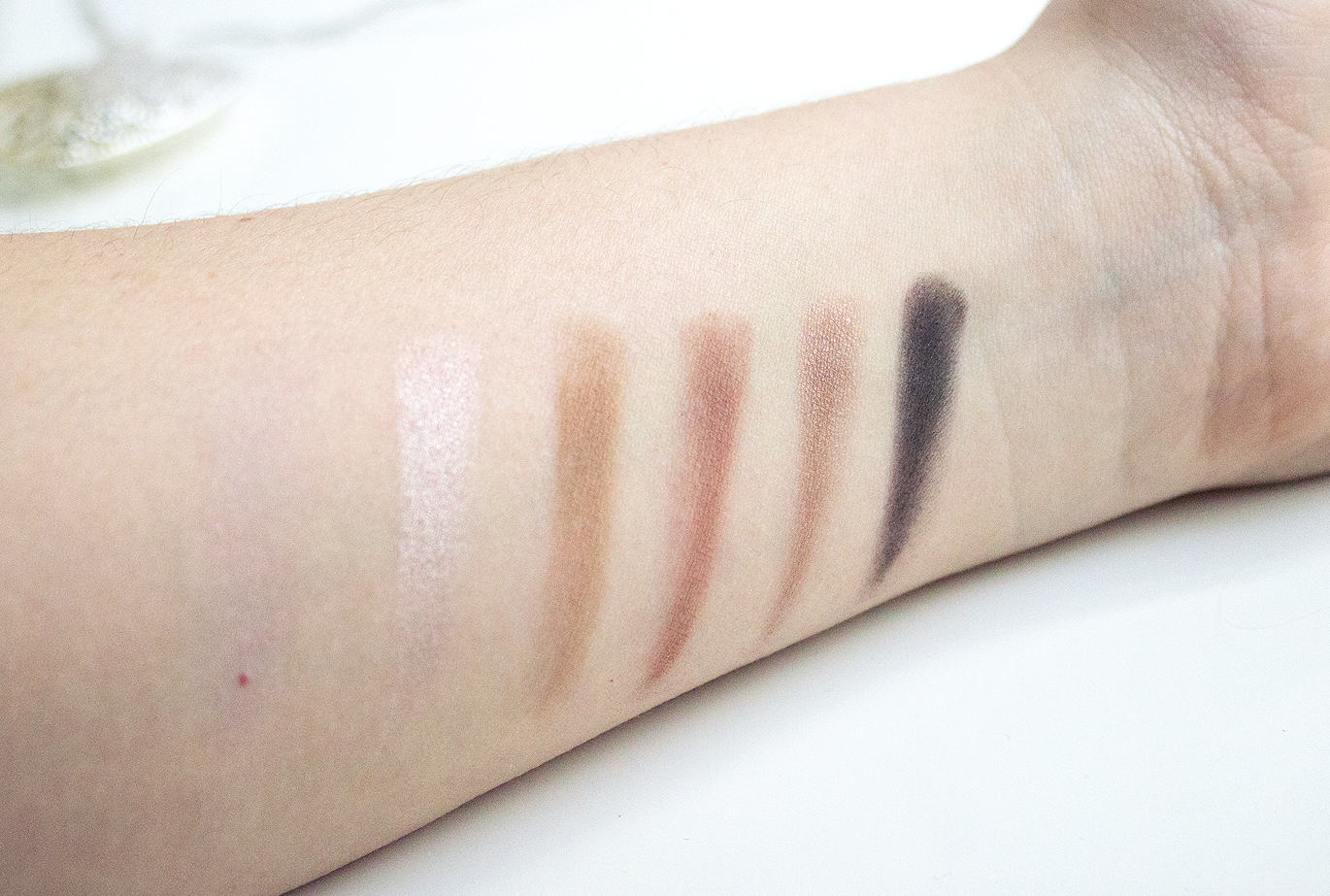 MAC Cinderella Stroke of Midnight, MAC Cinderella Stroke of Midnight Review, MAC Cinderella Stroke of Midnight Swatches, MAC Cinderella, MAC Cinderella Stroke of Midnight bbloggers