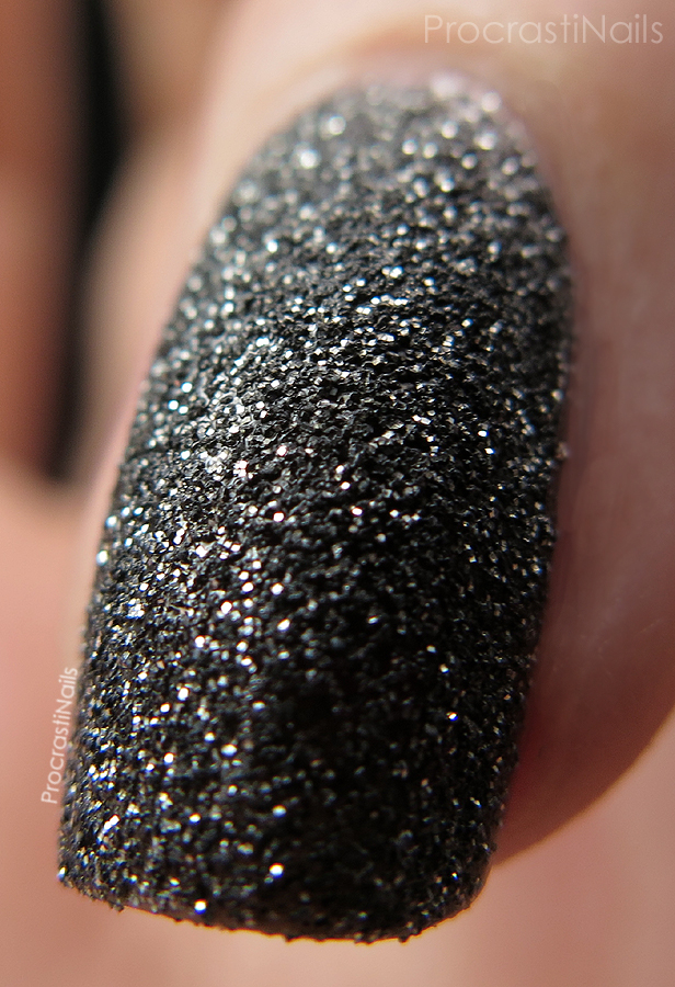 Macro of Nicole by OPI Gumdrops A-Nise Treat