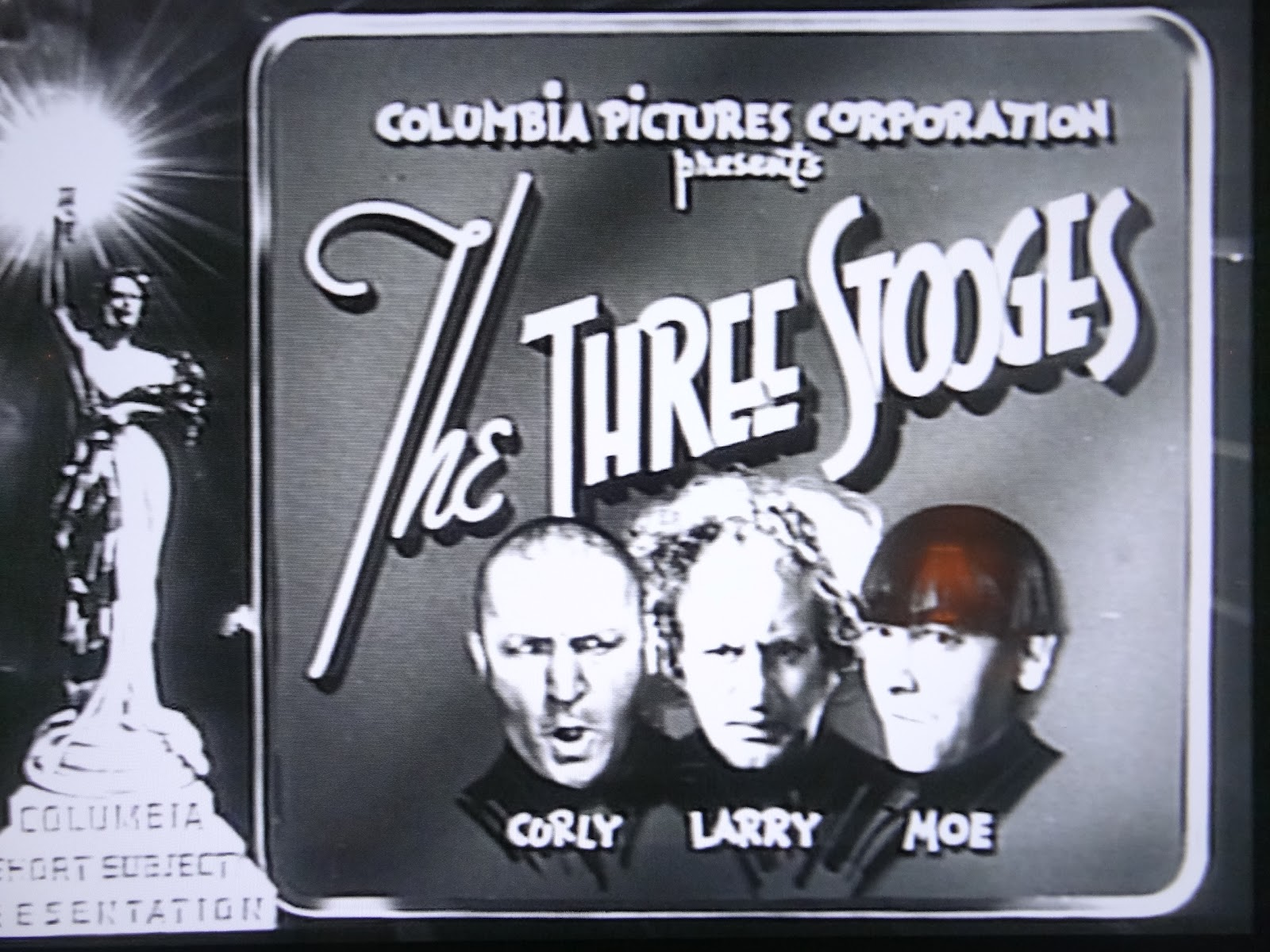 http://4.bp.blogspot.com/-f5PT_MzAyO0/T4htk381hbI/AAAAAAAADF0/jDXyBSF9rP4/s1600/The+Three+Stooges+Columbia+Short+Title+Screen+Moe+Larry+Curly.JPG