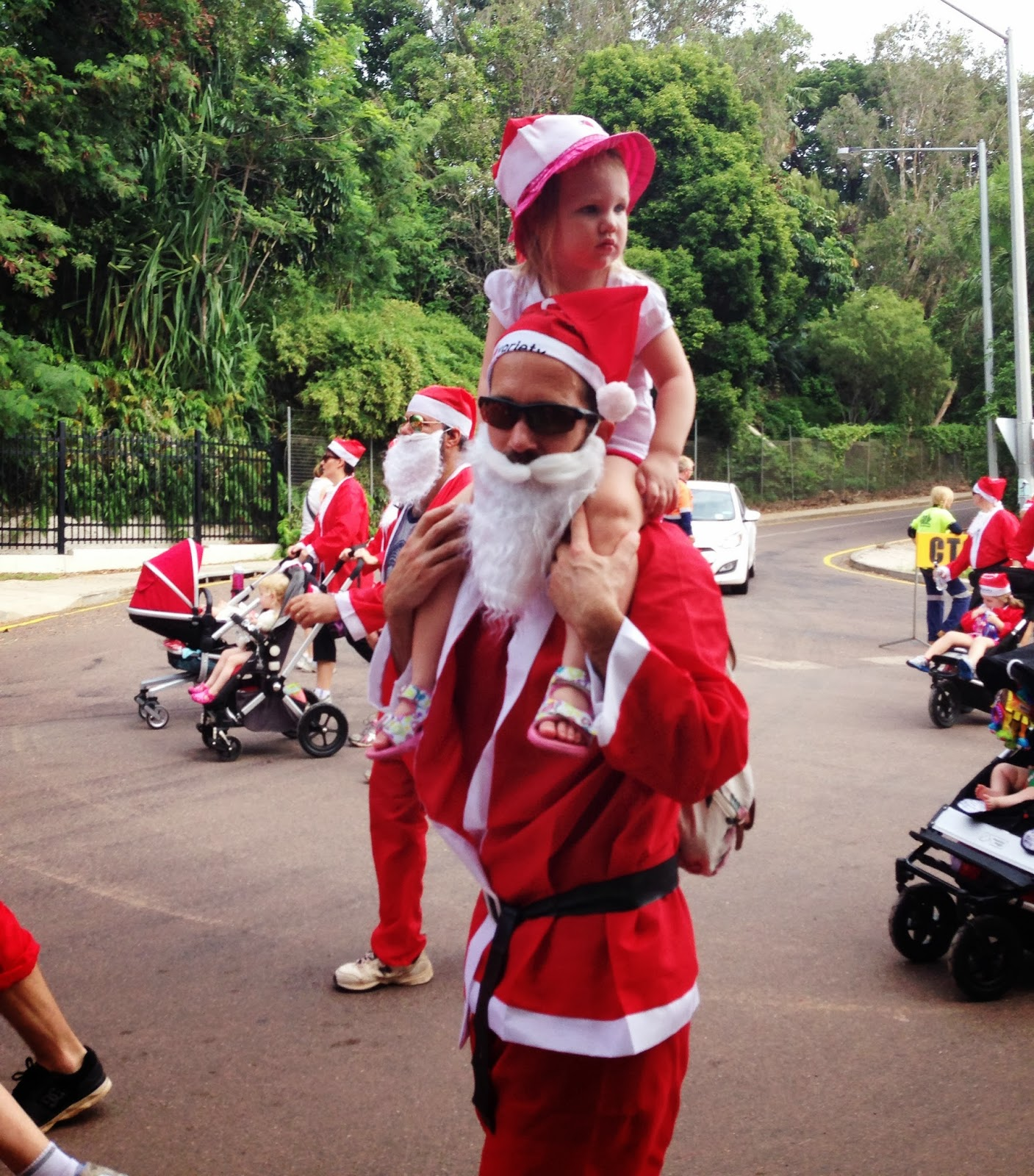 Fun Run, Family, exercising, running, toddler, charity, fundraising, community, Darwin, Variety