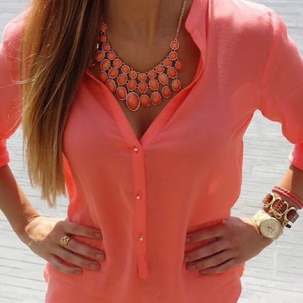 Shy boutique how to wear a statement necklace for Jewelry to wear with coral dress