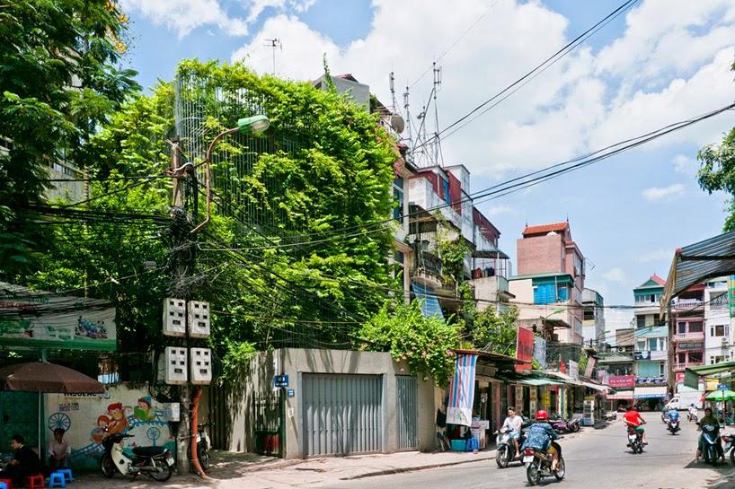 konsep-green fall-unsur-alami-segar-dan-asri-pada-desain-fasad-rumah-ruang dan rumahku-001