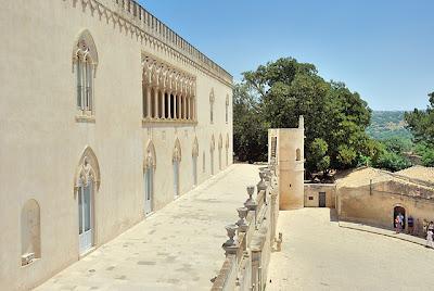 castello donnafugata sicilia