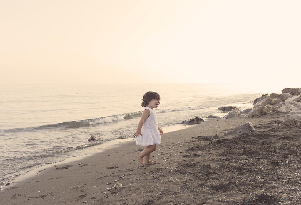 fotografía de niños playa Málaga