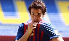 cesc fabregas beso la camiseta del barcelona
