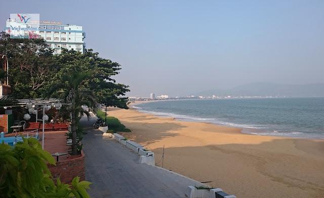 Bãi biển thành phố Quy Nhơn - 10.2015