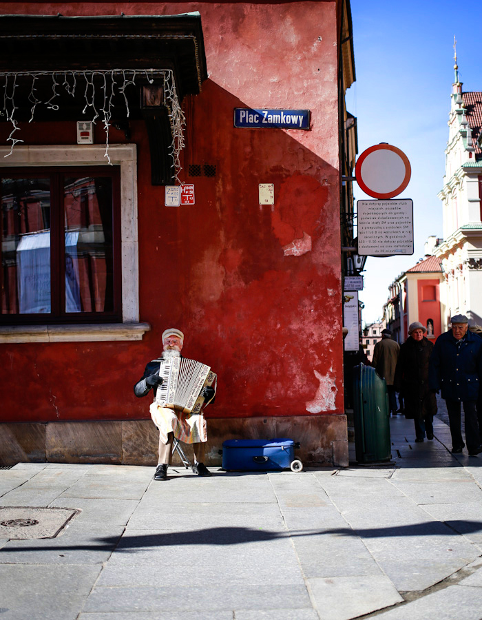 Music in Warsaw photo by Kreetta Järvenpää www.gretchengretchen.com