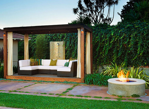 Remarkable Outdoor Fire Pit with Patio and Pergola 500 x 365 · 157 kB · jpeg