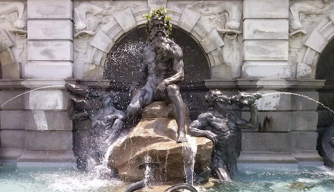 Detail | Neptune Fountain, Library of Congress