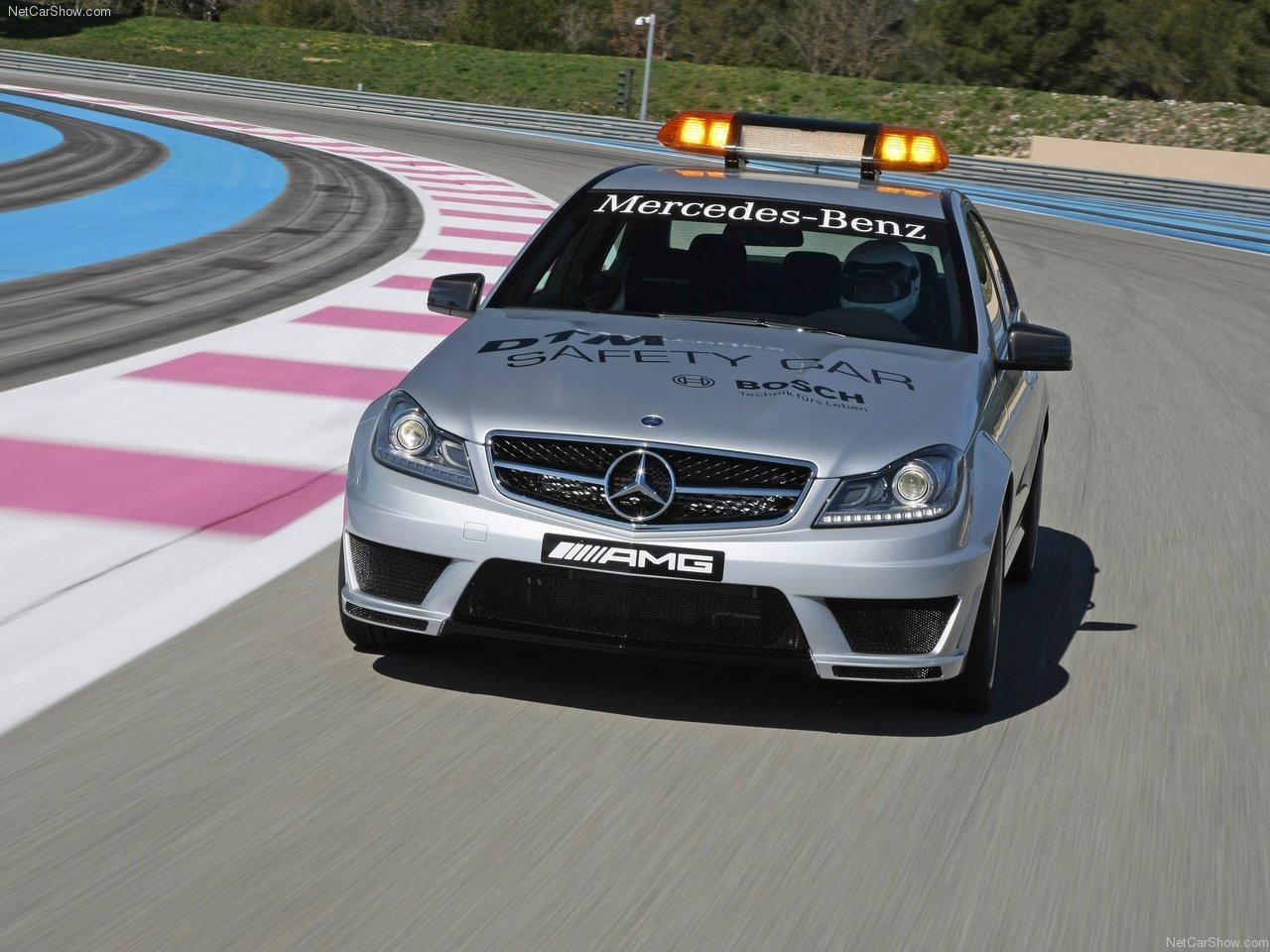 http://4.bp.blogspot.com/-f7FAxjVI9Fc/TbmBeUw3e-I/AAAAAAAAOfA/UX3oGI6lDw0/s1600/Mercedes-Benz-C63_AMG_DTM_Safety_Car_2011_1280x960_wallpaper_04.jpg
