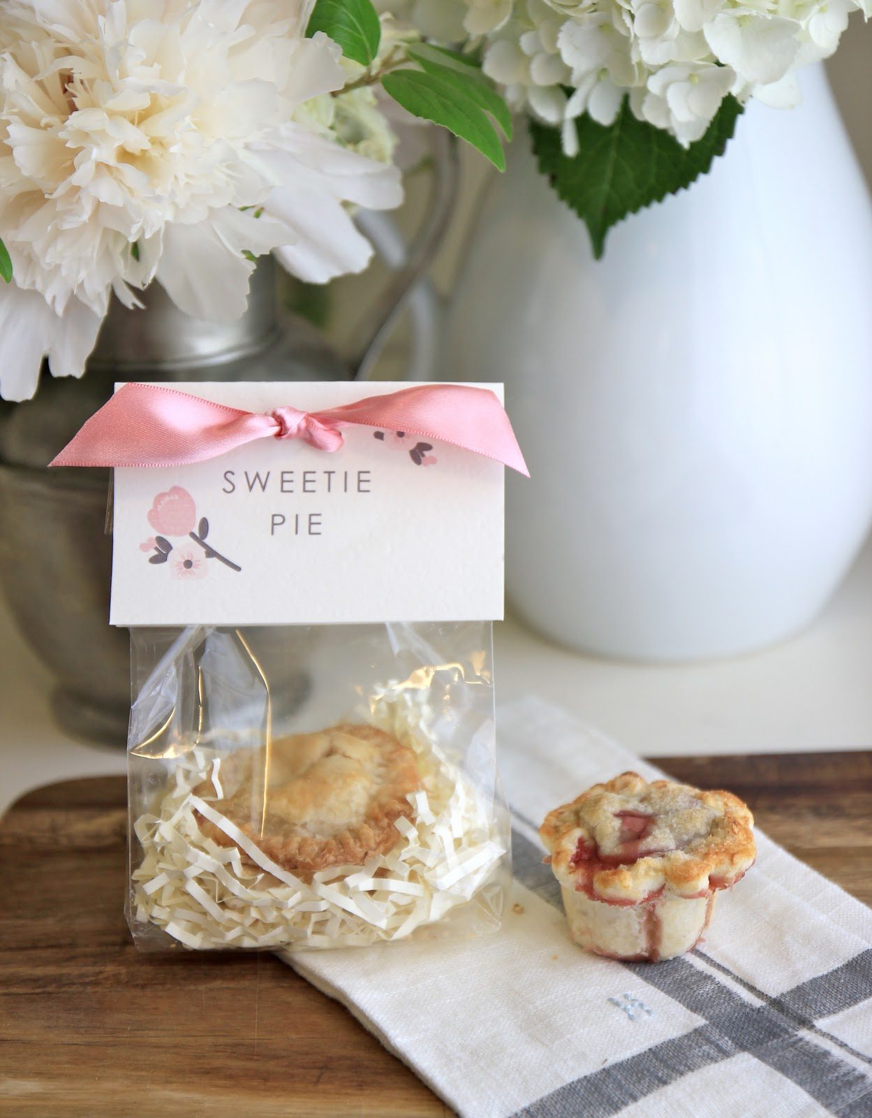 "Jenny Steffens Hobick Mini ""Sweetie Pie"" Favors"