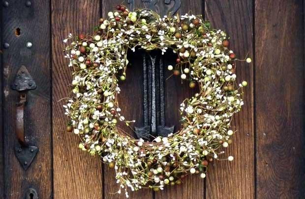 Manualidades coronas navide as naturales - Como hacer coronas navidenas ...