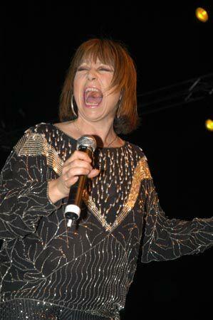 """Tina Charles """"Wild"""" !"""