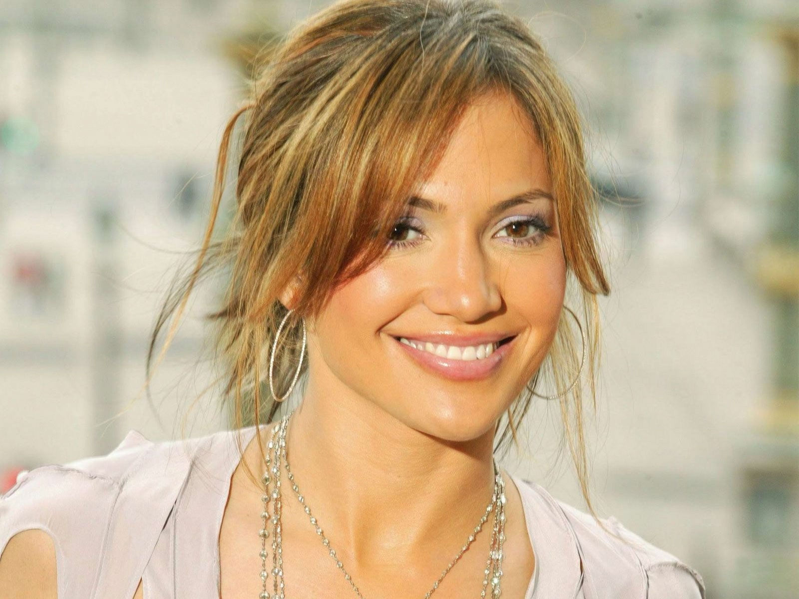 jennifer lopez cute face