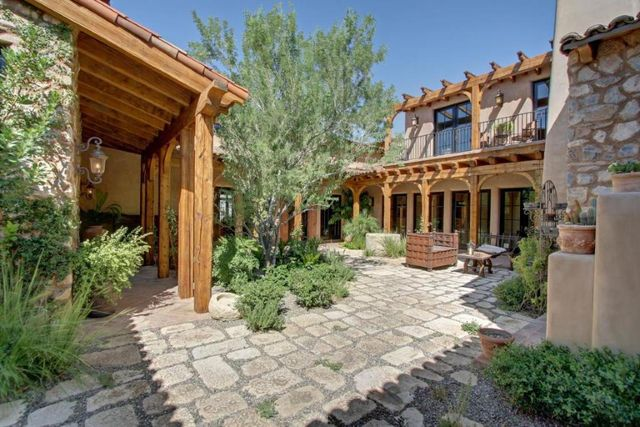 Homes and mansions tuscan style mansion for sale in for Mansions for sale in scottsdale az