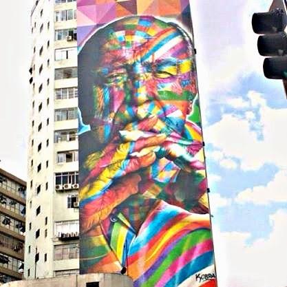 Oscar Niemeyer no mural de Eduardo Kobra na Avenida Paulista