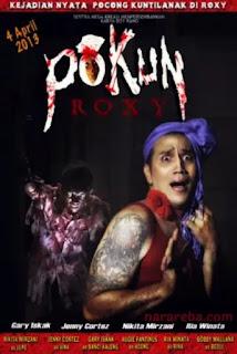 """Nikita Mirzani dalam film """"Pokun Roxy"""" (2013)"""