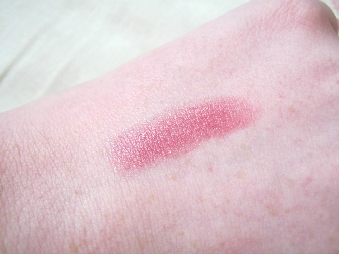 MAC lipstick in syrup swatch