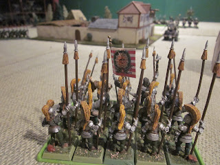 Warhammer Fantasy Battle Report - Tilean Command Contemplating Retreat