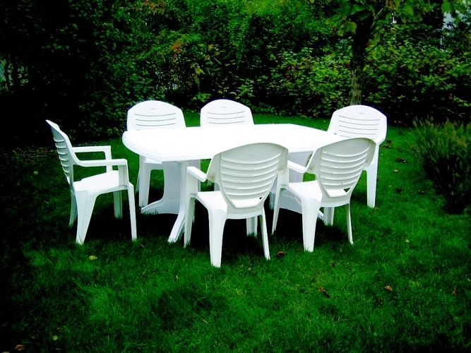 espace insell le blog les salons de jardin comment choisir. Black Bedroom Furniture Sets. Home Design Ideas