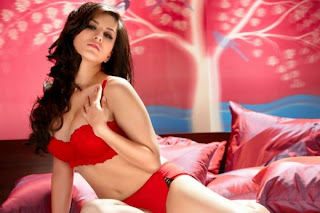 Sunny Leone Hot Celebrity Cute Pictures