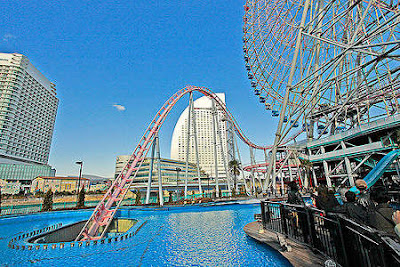 """Vanish"" Underwater Roller Coaster Japan."