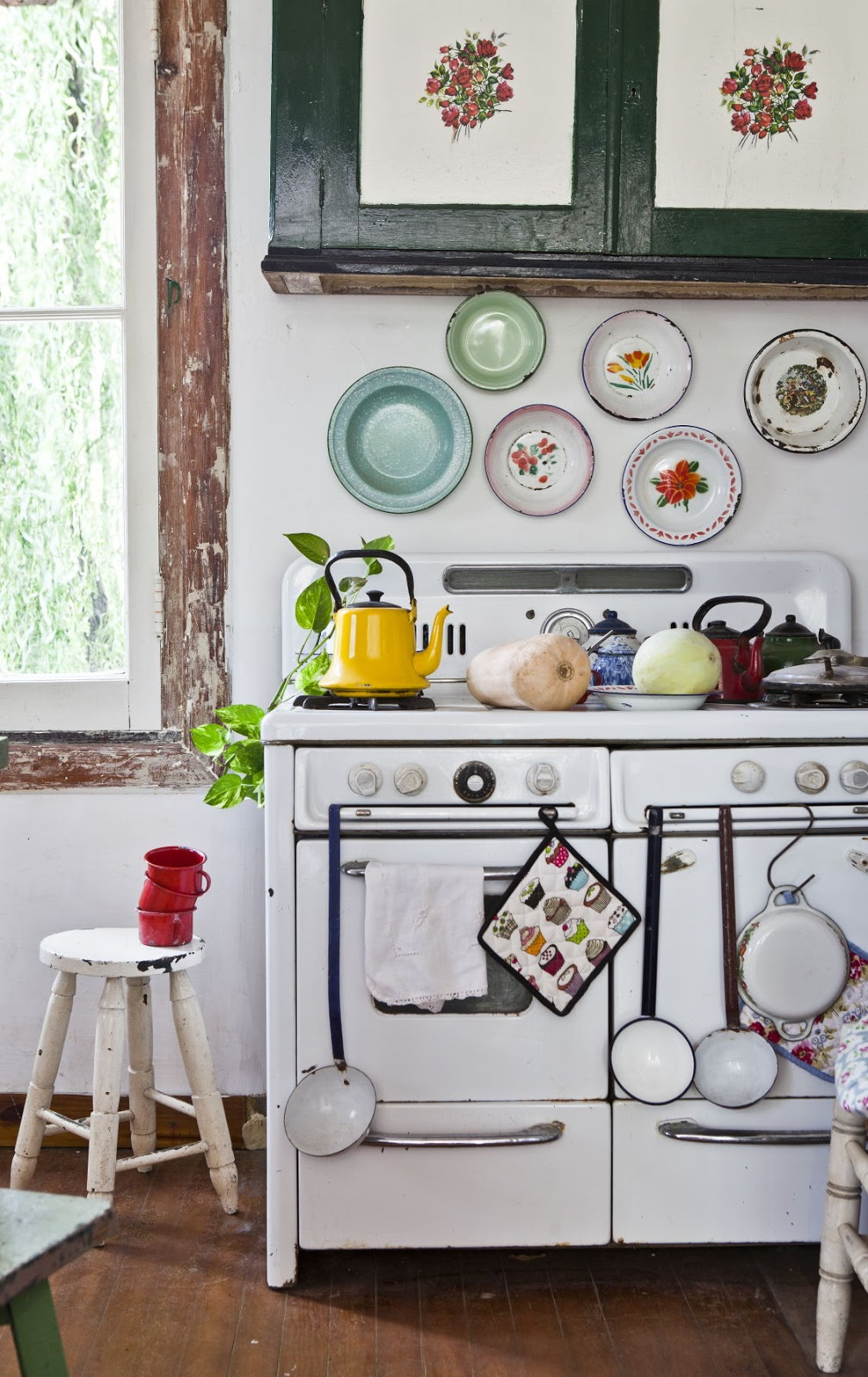 Cottage Kitchens On Pinterest Country Kitchens Vintage Kitchen And Aga