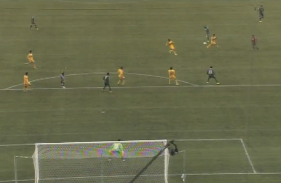 Seattle Sounders player Djimi Traoré shoots from long range to score against Tigres