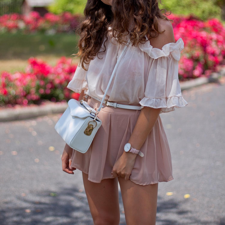 bluzka z falbankami różowa
