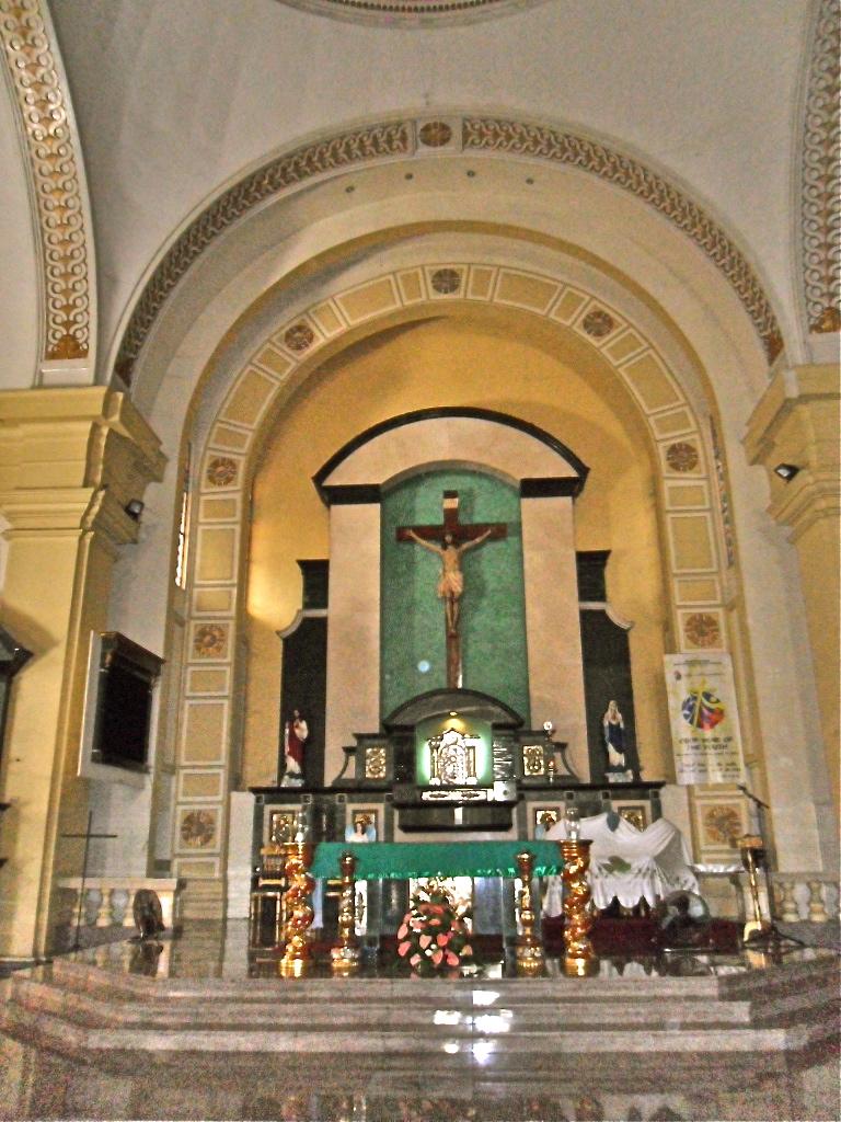 mga larawan mula sa http://pinoychurches.blogspot.com/2011/07/san