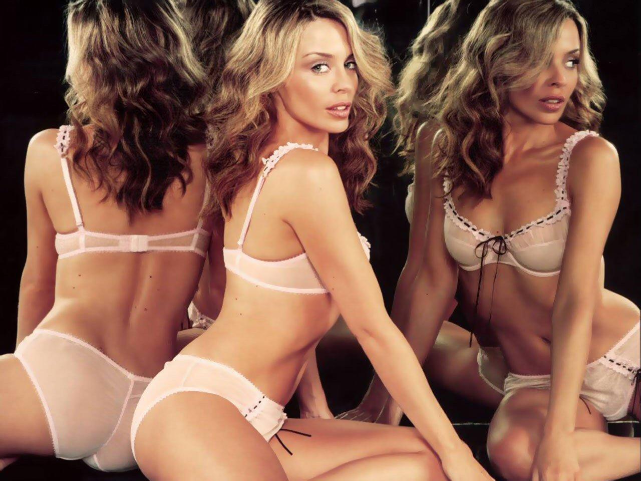 http://4.bp.blogspot.com/-f9hJHDEytlw/T_MlVoZMxRI/AAAAAAAAAHQ/YibGsc7buLU/s1600/Sexy-Lingerie..jpg