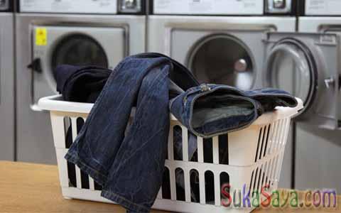 Cara Merawat Celana Jeans