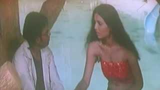Hot Hindi Movie 'Aaja loot le' Watch Online