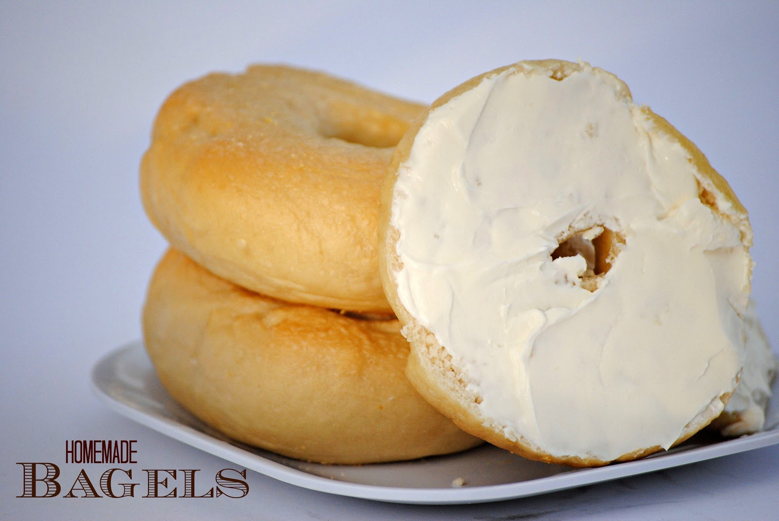 plain bagel with cream cheese calories